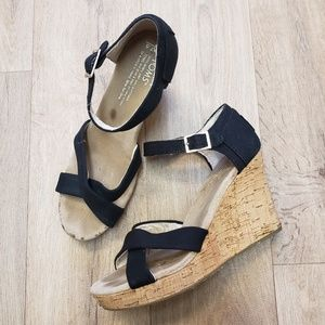 Toms Black Cloth and Cork Wedge Sandals Size 7.5